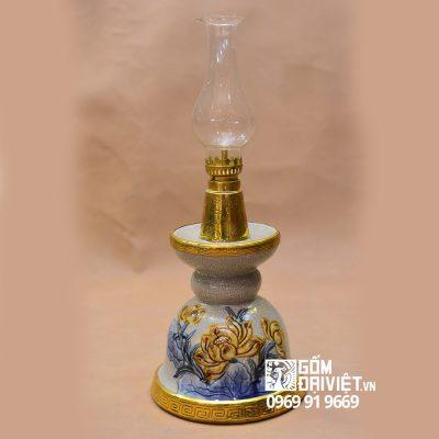 Đèn thờ dầu bàn thờ chân nến đắp nổi sen Bát Tràng