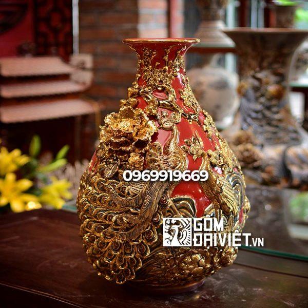 Bình gốm sứ phong thủy tỏi chim công vẽ vàng đắp nổi màu đỏ
