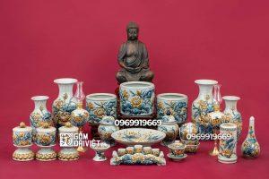 Bộ đồ thờ cúng Phật men rạn đắp nổi sen cho bàn thờ vừa