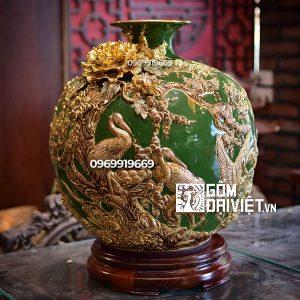 Bình hút tài lộc tùng hạc diên niên vẽ vàng đắp nổi xanh lục bảo 40cm