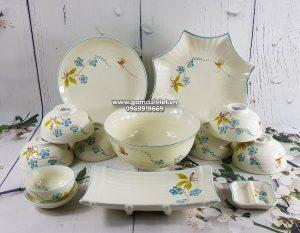 Bộ đồ ăn bát đĩa Bát Tràng men kem vẽ hoa lá đào xanh