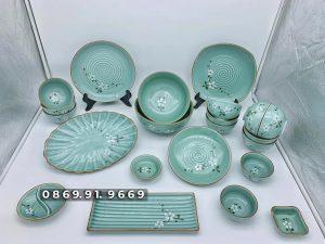 Bộ đồ ăn bát đĩa Bát Tràng men xanh ngọc vẽ hoa đào trắng