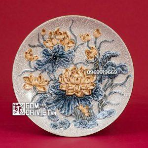 Mâm bồng men rạn cổ đắp nổi hoa sen cao cấp 30cm