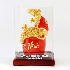 Tượng linh vật Chuột Sa Chĩnh Gạo Canh Tý dát vàng màu đỏ 30cm