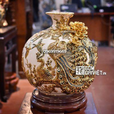 Bình hút lộc Công Đào men trắng vẽ vàng 18K Bát Tràng - Cao 35cm