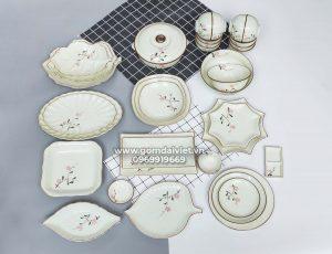 Bộ bát đĩa ăn cơm men kem vẽ hoa đào Hồng Bát Tràng đầy đủ