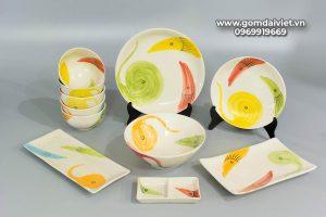 Bộ đồ ăn men kem vẽ họa tiết cá ba màu Bát Tràng