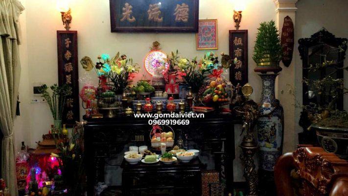 Ý nghĩa của tục lệ thờ cúng tổ tiên tại các gia đình Việt