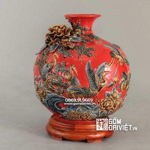 Bình gốm hút tài lộc tùng hạc diên niên màu đỏ mệnh hỏa 35cm