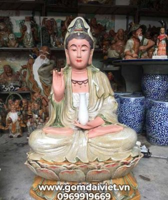 Chọn ngày lành tháng tốt để thỉnh Phật bà Quan Âm