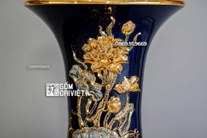 Lọ Lộc Bình Men Xanh Đen Đắp Nổi Sen Vẽ Vàng 24K 1m4