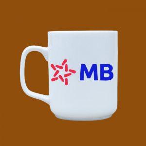 Ly sứ quà tặng Bát Tràng trắng in hình logo MB Bank
