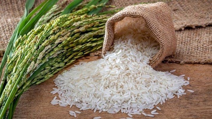 Gạo đựng chóe