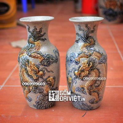 Đối với bình hoa được làm từ men rạn
